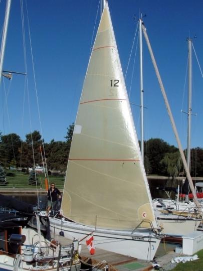 Hunter28 2007.Genoa.01.jpg
